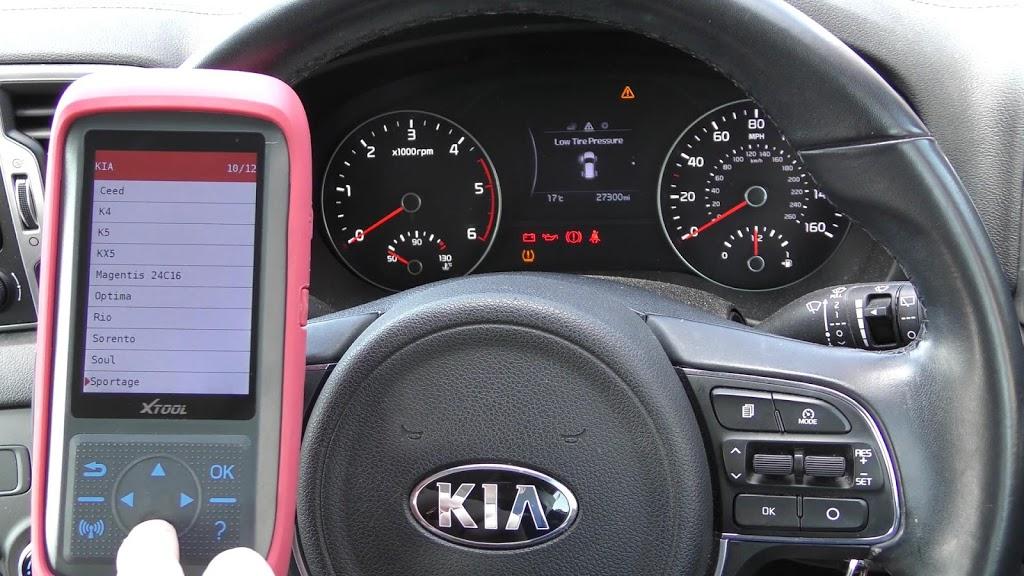 xtool-x100-pro-2-kia-mileage-correction-via-obd2-05.jpg