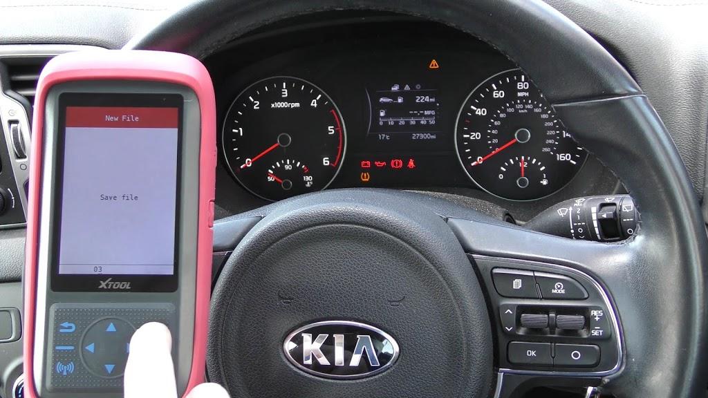 xtool-x100-pro-2-kia-mileage-correction-via-obd2-10.jpg