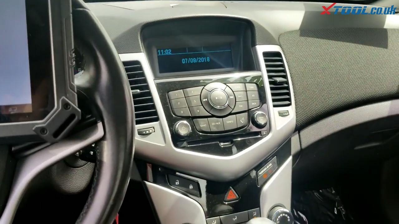 XTOOL X100 PAD2 Programs Chevrolet Cruze 2014 All Keys Lost