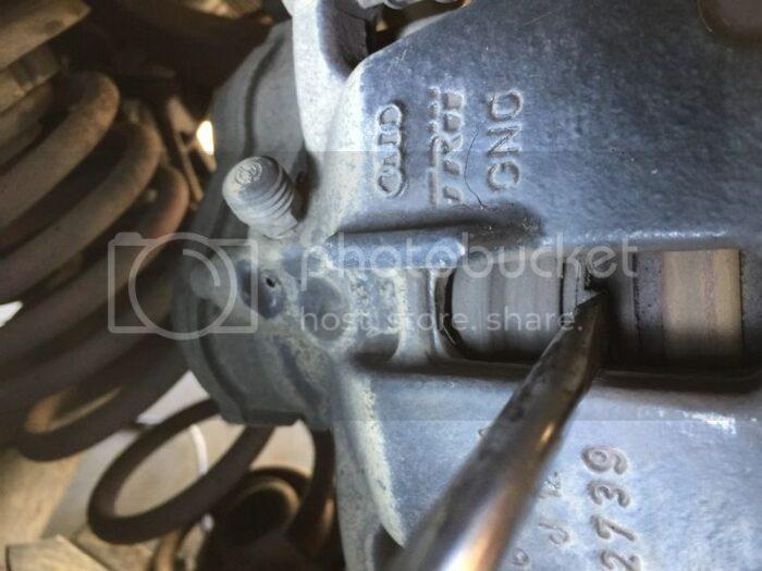 Xtool VAG401 EPB Reset On 2010 Audi A5 9