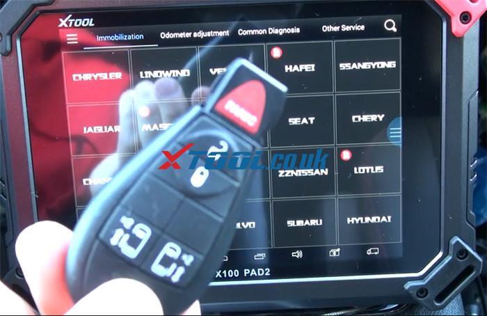 X100 Pad2 Pro Program 2013 Dodge Grand Caravan 1